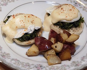 Eggs Benedict, Breakfast menu